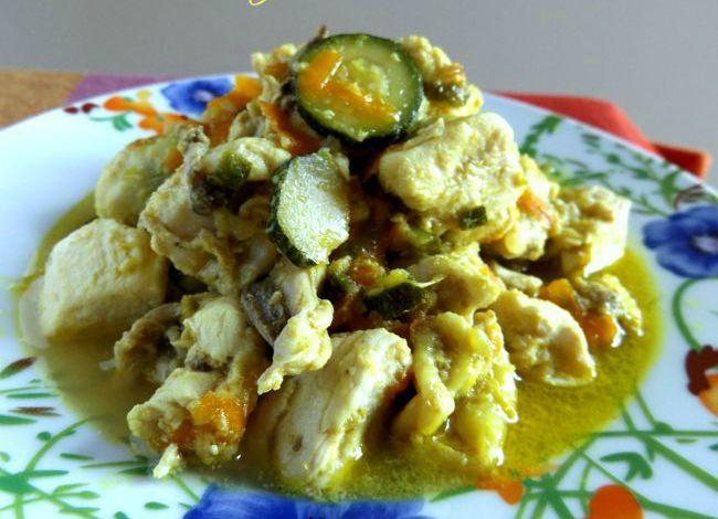 Pollo al Curry con zucchine e carote
