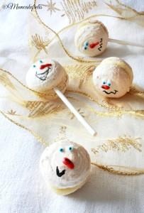snowman macaron lollipops