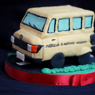 School bus cake topper