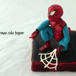 Spiderman cake topper in pasta di zucchero