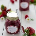 Marmellata di fragole e lamponi Dosi per 1/2 kg di frutta
