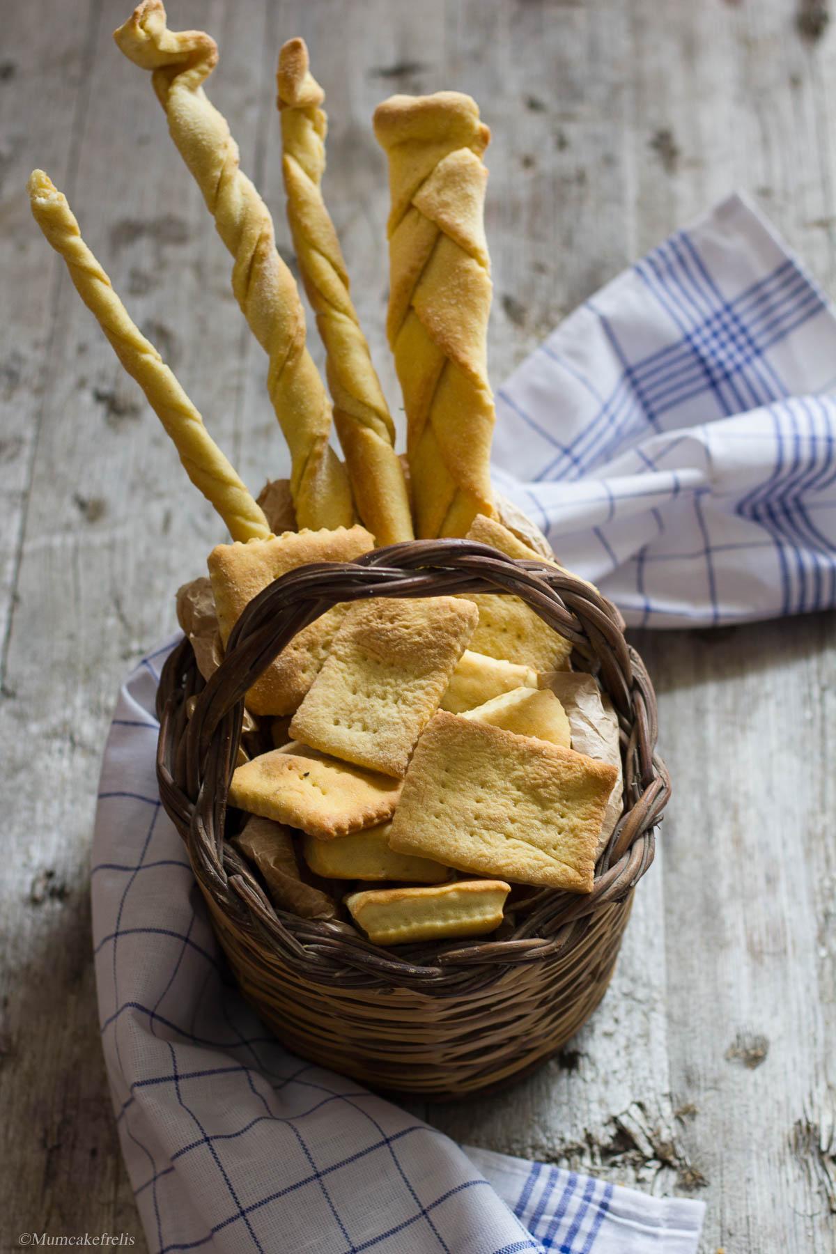 grissini e crackers con lievito madre