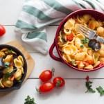 pasta con cozze sgusciate e pomodorini