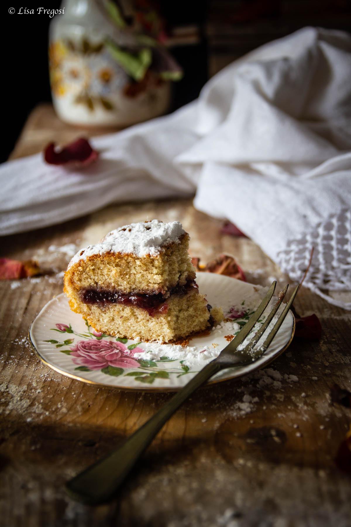 la torta versata con ripieno che non scende
