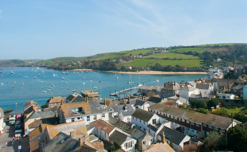 where to stay with kids in south devon