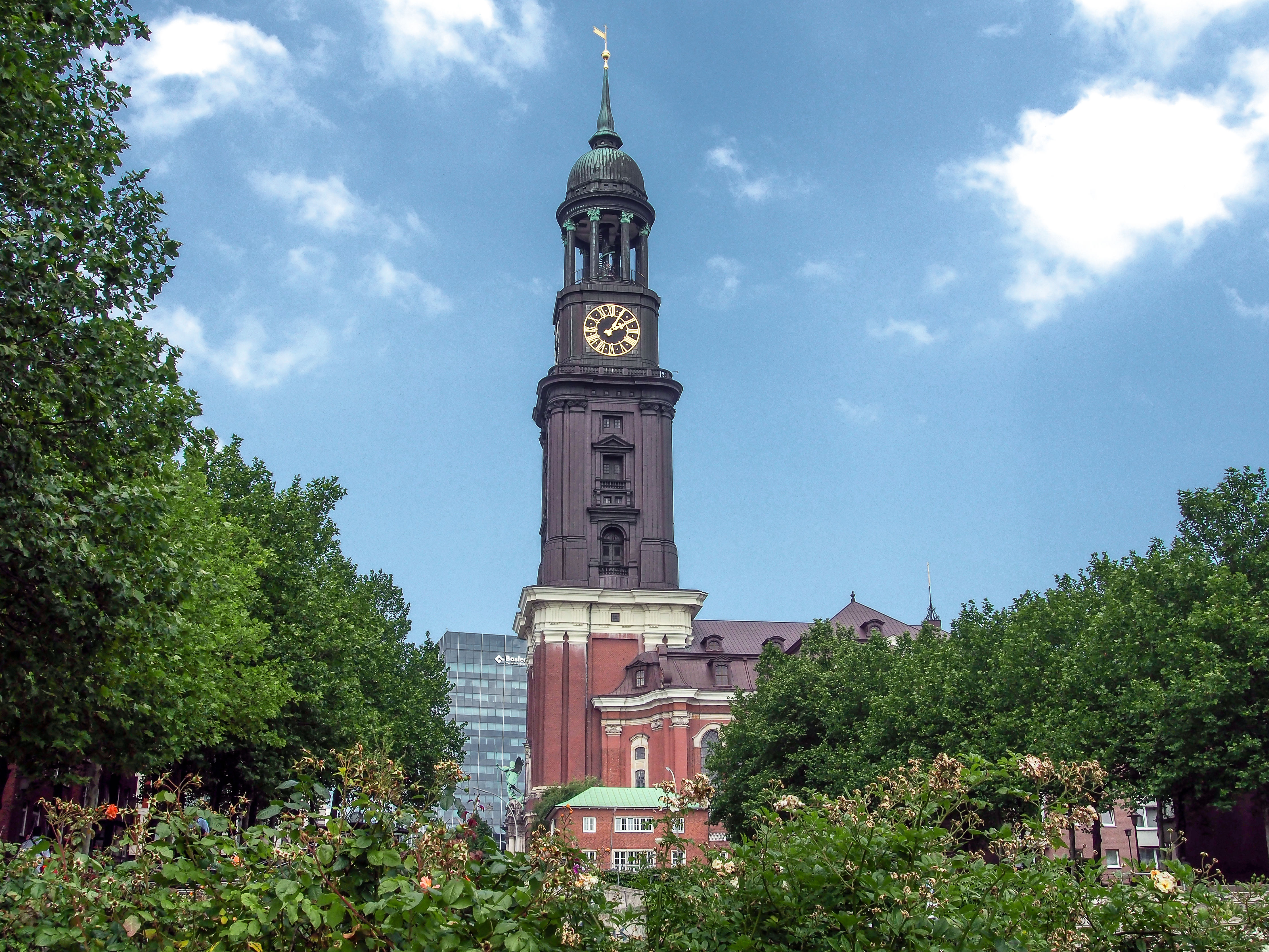 things to do in Hamburg with kids - hamburger michel - bad weather