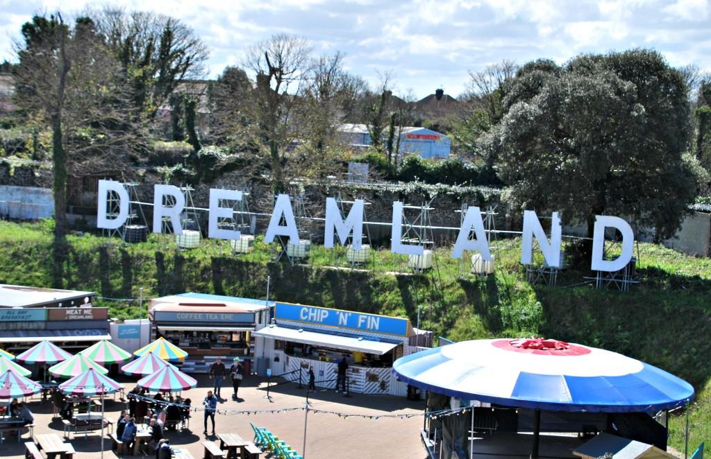 Dreamland Sign