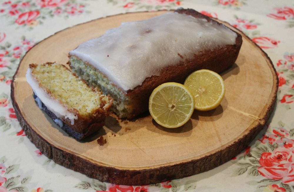 Lavender and lemon drizzle cake