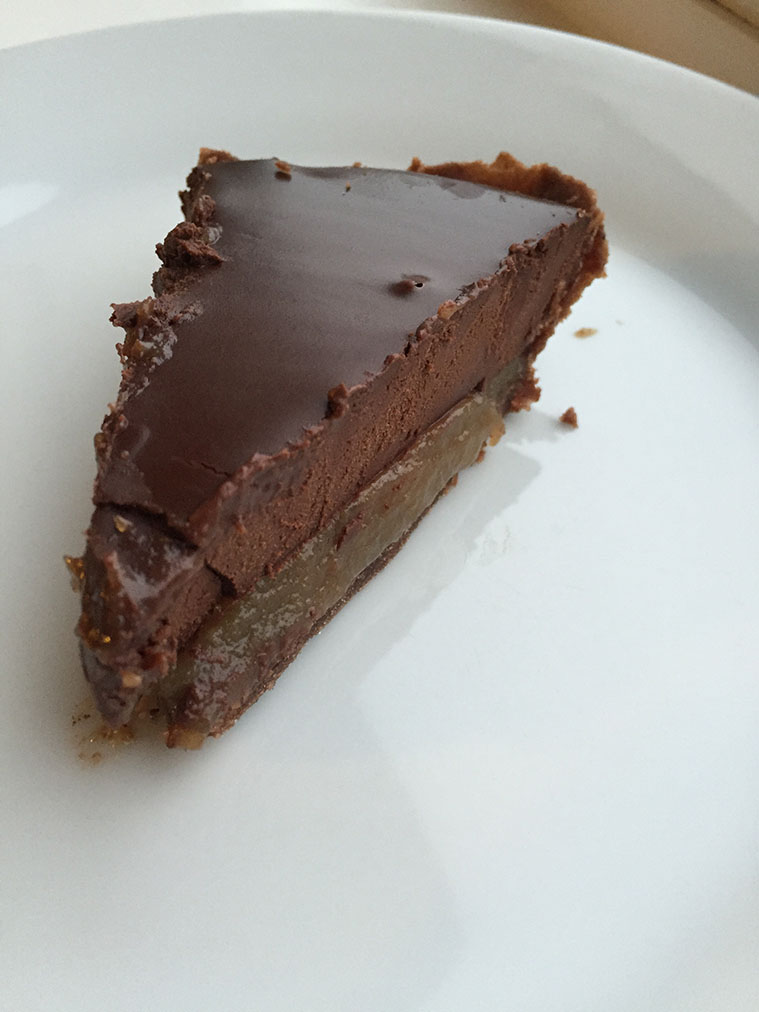 Salted-Caramel-and-Dark-Chocolate-Tart-2