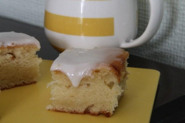 Lemon and Buttermilk Traybake