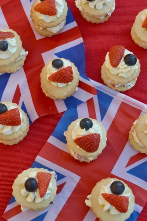 Red-White-Blue-Mini-Strawberry-Shortcakes