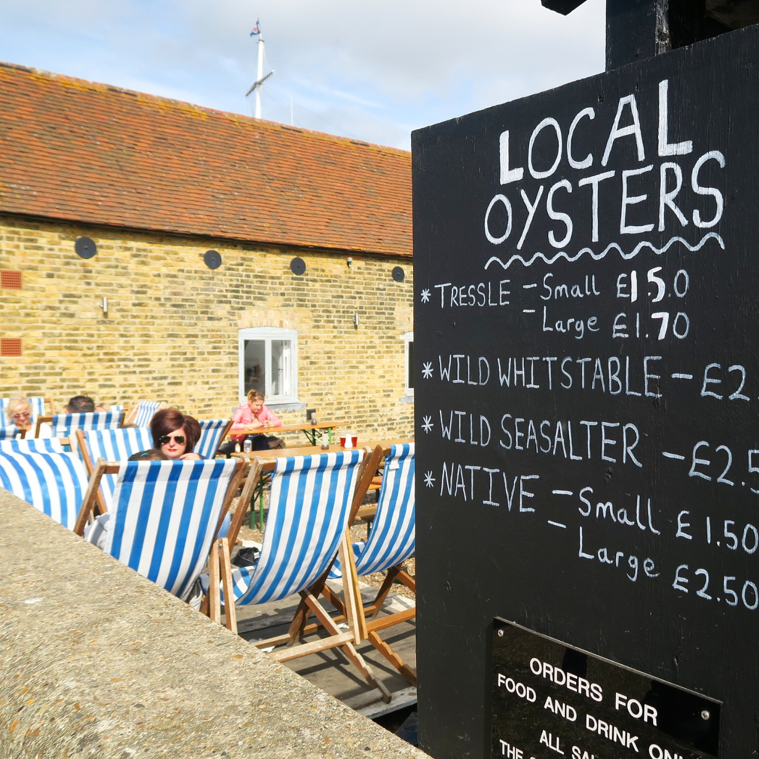 kent-whitstable-oysters-bar-food