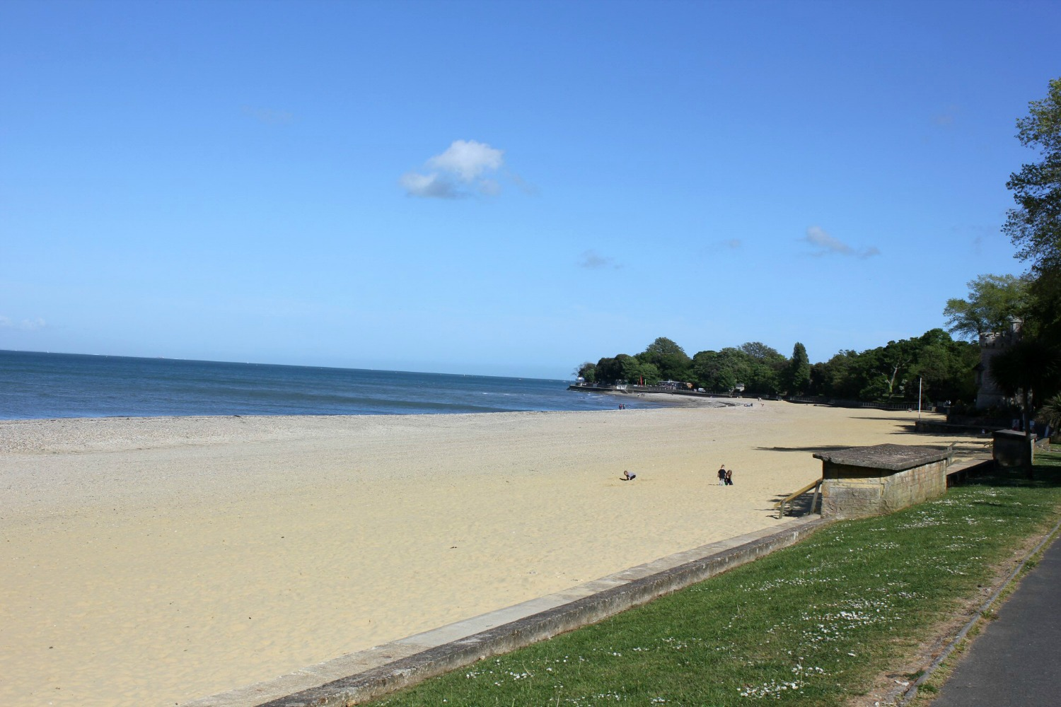 A view of the beach at Appley near Ryde - discovering the Isle of Wight coast