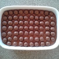 bubble wrap cake with maltesers