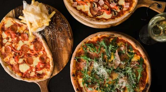 Cloisters, Stamford, pizzas