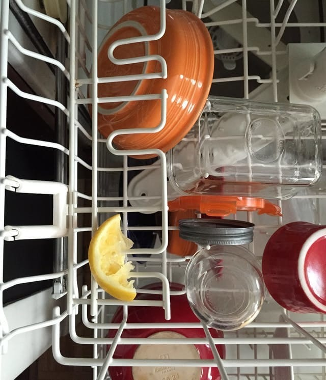 Add lemon peel to your dishwasher to freshen it daily. #Cleaninghack