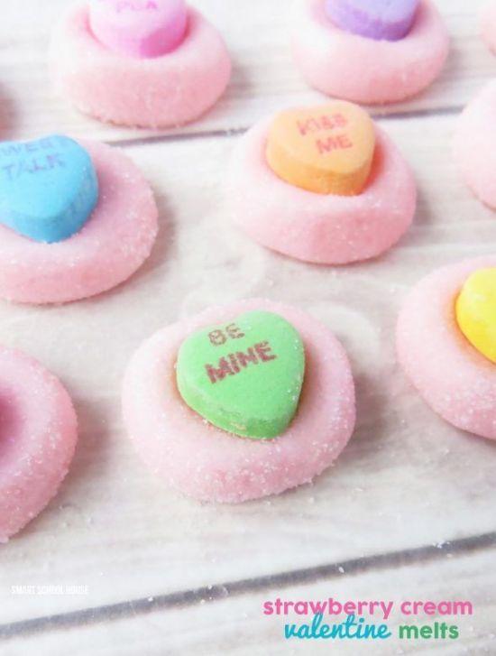 Valentines Day strawberry cream melts