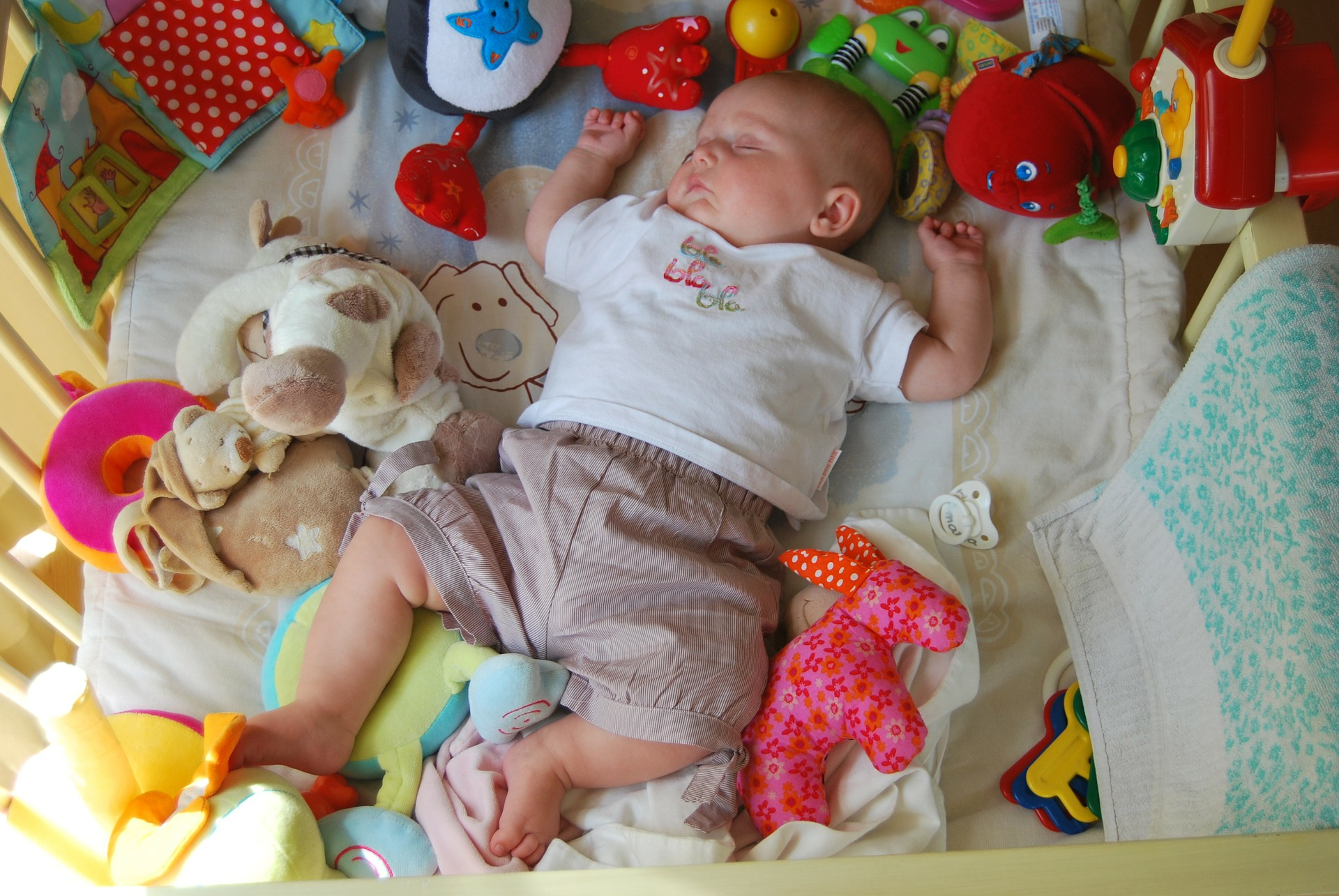 Top 10 Baby Toys : Top baby toys gifts for month olds mumsnotes