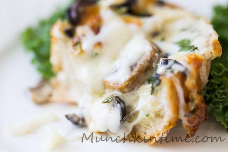 mushroom-olive cheese bread