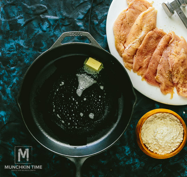 35 Minute Chicken Piccata Recipe - made of pounded chicken breast, freshly squeezed lemon juice, garlic, onion, capers and white wine sauce. It's Ridiculously Delicious!!! - http://www.munchkintime.com/