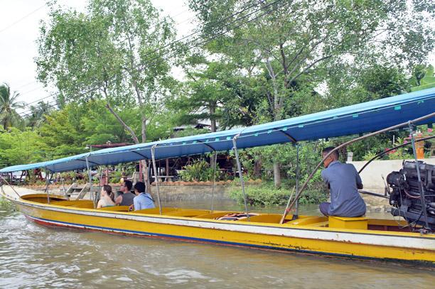 Fotos del Mercado flotante de Amphawa en Tailandia (6)