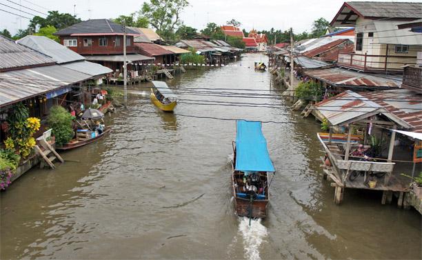 Fotos del Mercado flotante de Amphawa en Tailandia (1)