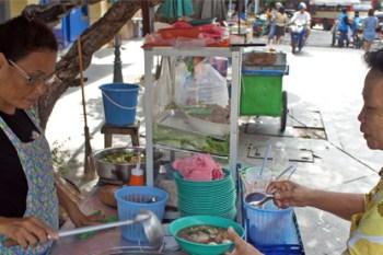 La comida de calle en Tailandia, platos riquísimos a 1€