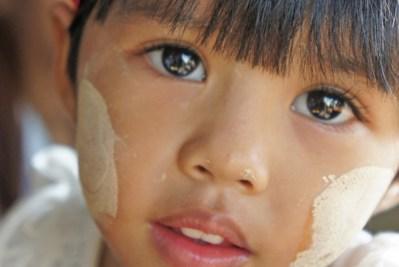 El-thanka-y-la-sonrisa-birmanas