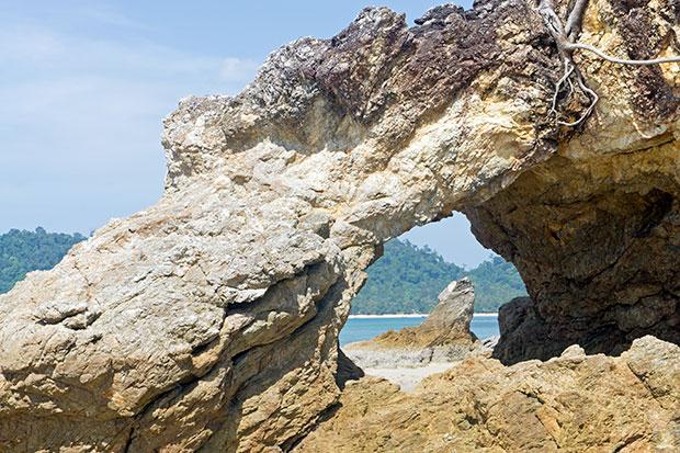 Rocas-buffalo-bay