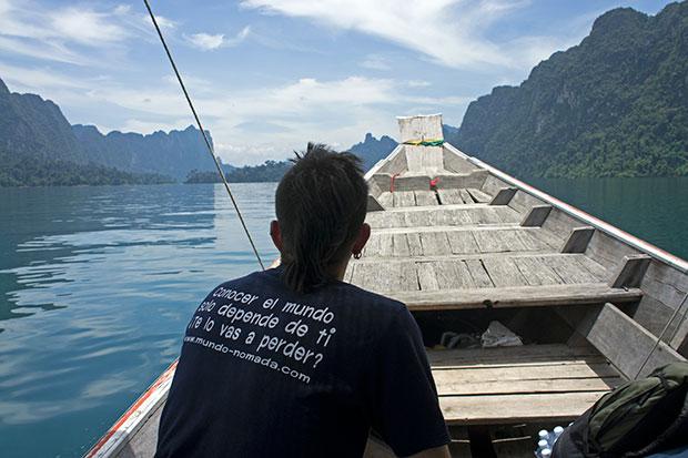 En-la-barca-de-Khao-Sok