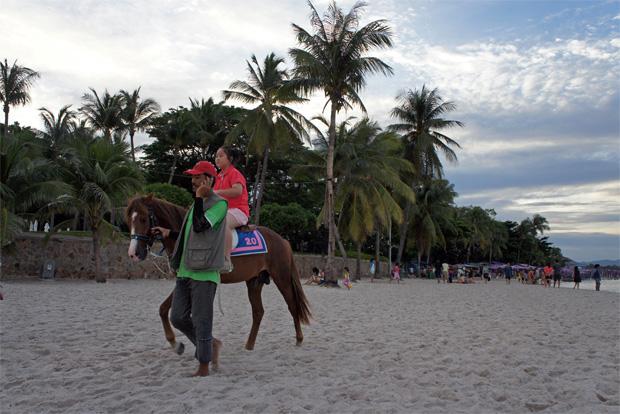 A-caballo-en-Hua-Hin