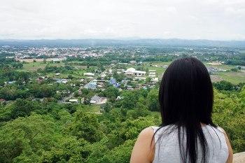 Nan, un pueblo de templos rodeado de parques nacionales