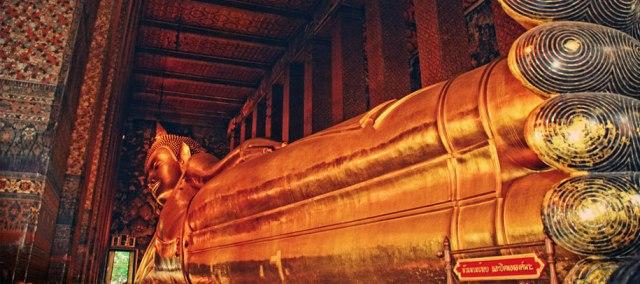 Wat-Pho-o-Buda-reclinado