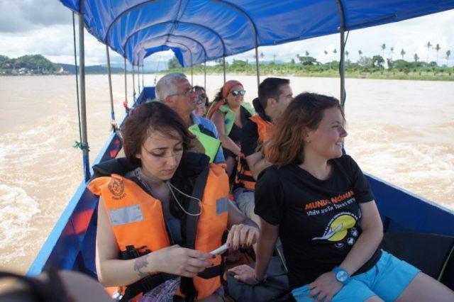 Paseo en barco por el Mekong