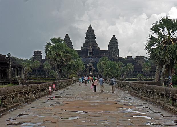 Entrando en Angkor Wat