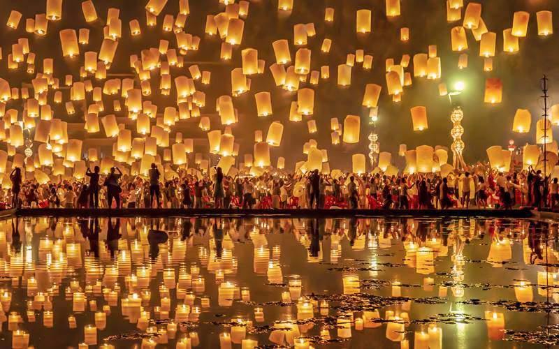 Chiang Mai-Yi Peng Festival