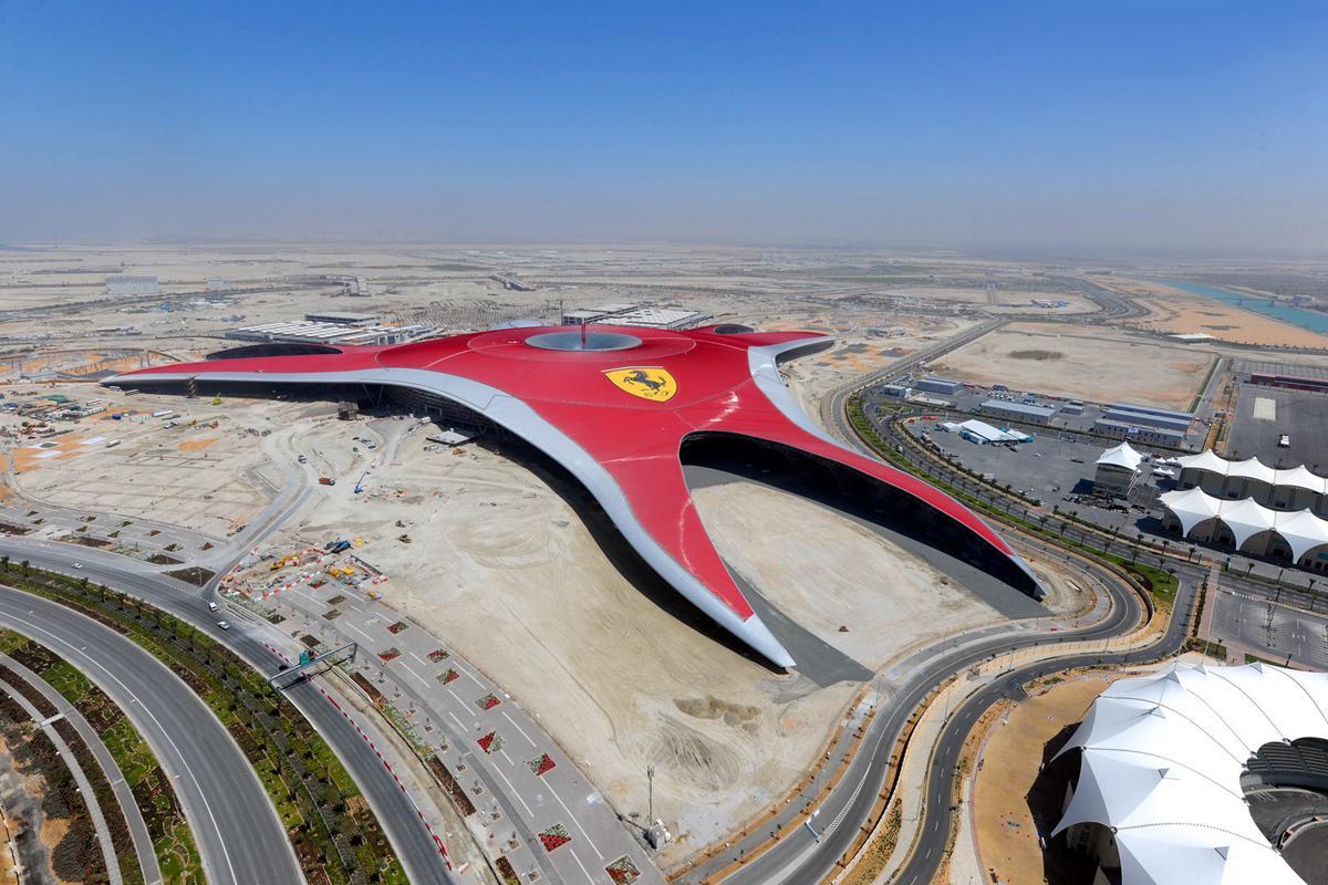 Ferrari World Abu Dhabi Cerca De La Inauguración Mundoautomotor