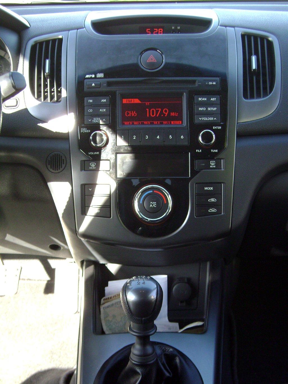 kia cerato koup una coupe de lineas atrayentes la probamos mundoautomotor