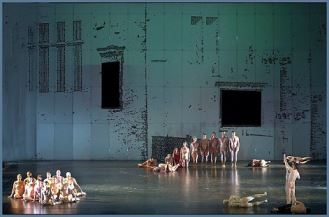 'Dido y Eneas' de Purcel. Coreografía y dirección escénica, Sasha Waltz. Dirección musical, Christopher Moulds. Buenos Aires, Teatro Colón, junio de 2016.