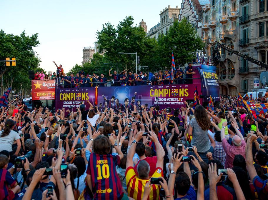 La rúa y la fiesta de los campeones, en imágenes