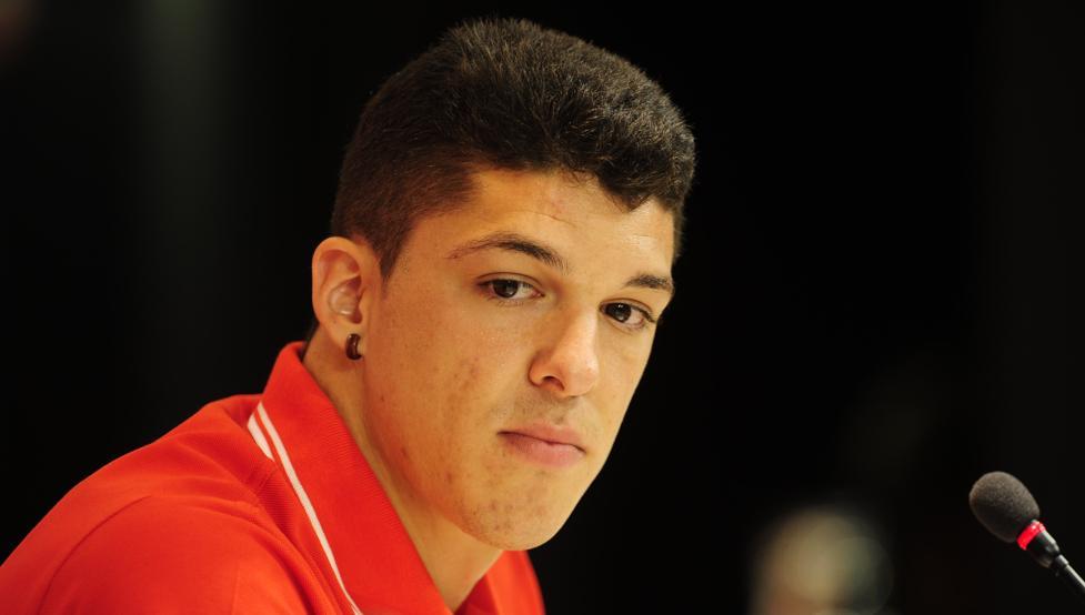 Ander Capa fue presentado el pasado viernes como nuevo jugador del Athletic