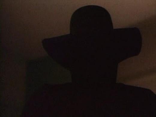 """Apariciones Hombre del Sombrero Misteriosas apariciones del """"Hombre del Sombrero"""""""