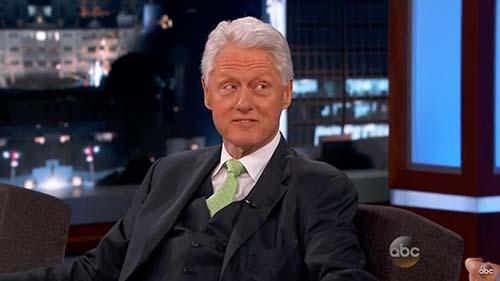 bill clinton invasion Bill Clinton dice que una invasión extraterrestre podría ser la mejor manera de unir a todos los países del mundo