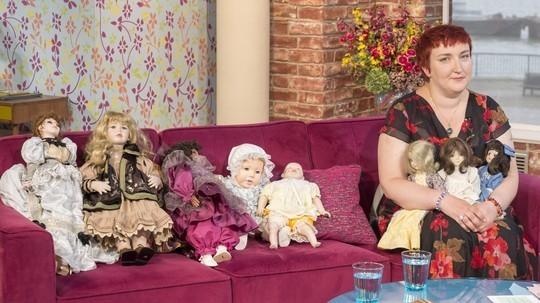 katrin reedik collection poupées hantées - Katrin reedik et sa collection de poupées hantées