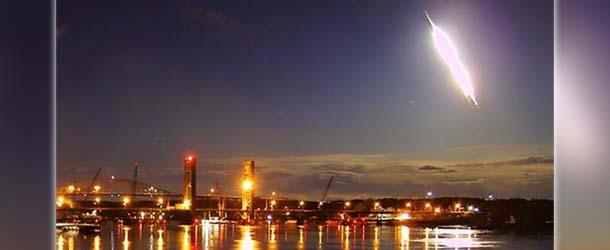 """""""Bolas de fuego"""" cruzan nuestros cielos en todo el mundo, ¿preludio de una gran catástrofe?"""