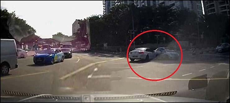 accident de voiture téléportée singapour - Une voiture téléportée provoque un accident à Singapour