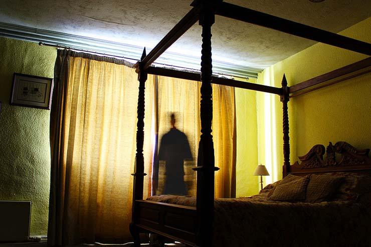 odeurs désagréables étranges à la maison - Odeurs désagréables étranges dans votre maison, présence démoniaque