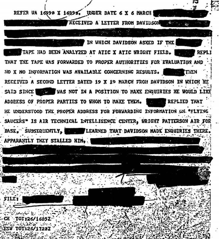 OVNIS de la CIA - La CIA déclassifie de manière inattendue 3000 documents sur les OVNIS, y compris des batailles entre militaires et extraterrestres