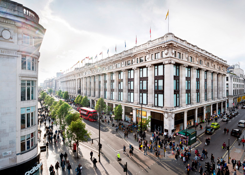 selfridges-london_andrew-meredith_dezeen_ss