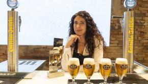 Davinia Martínez mejor tiradora de cerveza Estrella Galicia